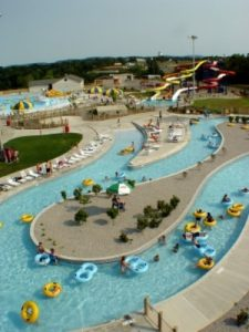 Somerset_KY_SomerSplash_Lazy_River__Body_Slides_and_Wave_Poo