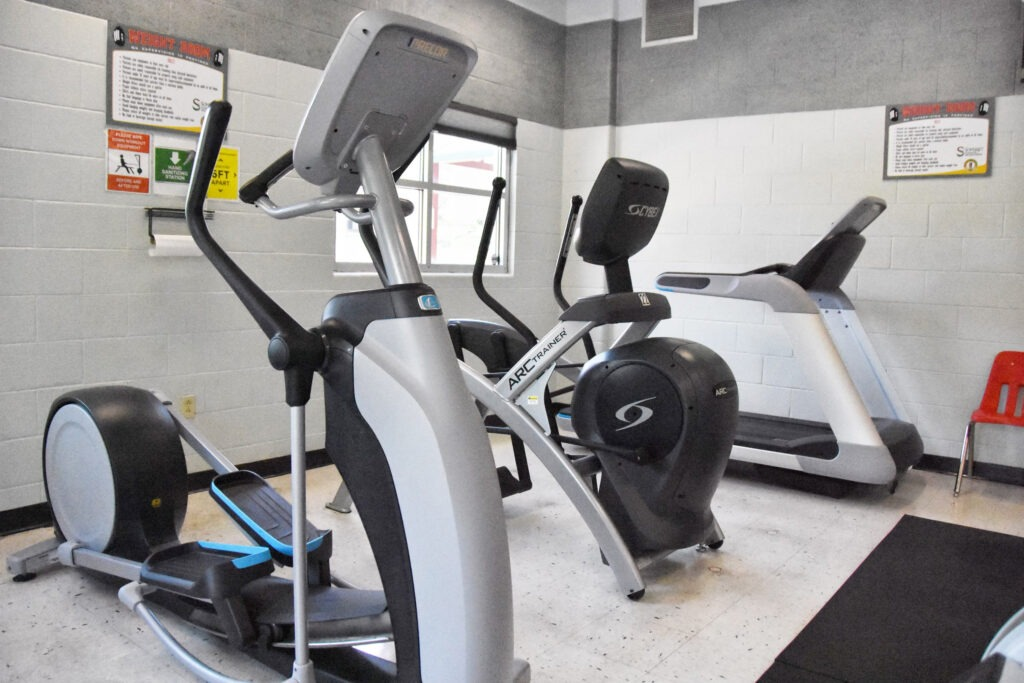 RH workout room 2