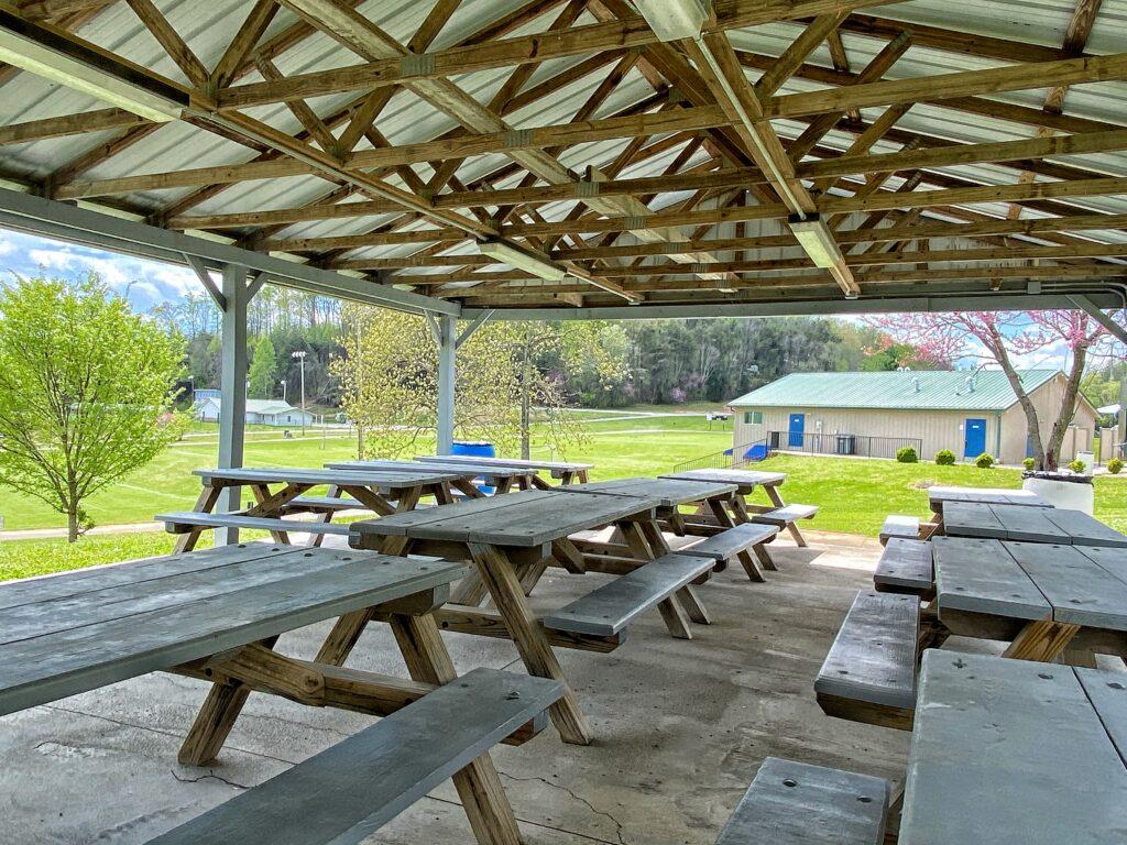 Somersport shelters